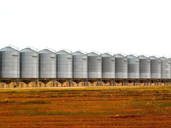 izolacja zbiorników stalowych